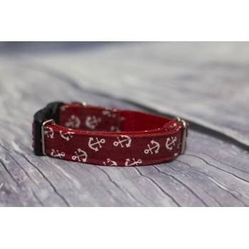 Collar anclas rojas