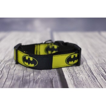 Collar Batman amarillo